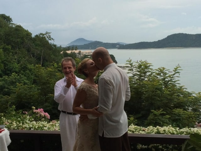 Villa Wedding Phuket Thailand Kiss