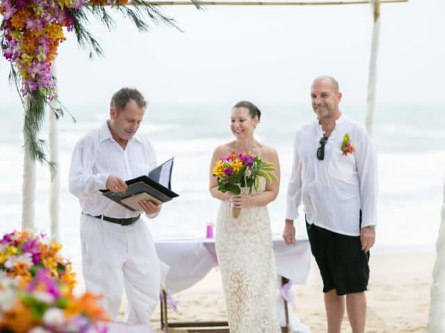 Marriage Celebrant Beach Vow Renewal Phuket Thailand