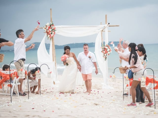 Beach Wedding Phuket Thailand Unique Phuket Wedding Planners, Chaloem Ton Loysamut 2 (234)