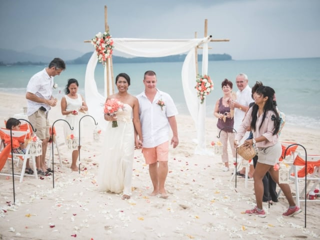 Beach Wedding Phuket Thailand Unique Phuket Wedding Planners, Chaloem Ton Loysamut 2 (244)