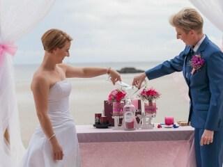 Phuket Beach Marriage Laura & Marie (21)