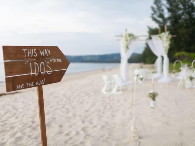 Phuket Romantic Beach Marriage Ceremony (1)
