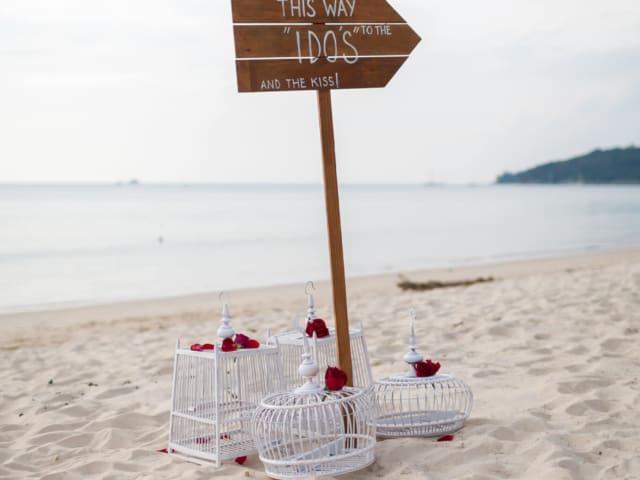 Phuket Romantic Beach Marriage Ceremony (2)