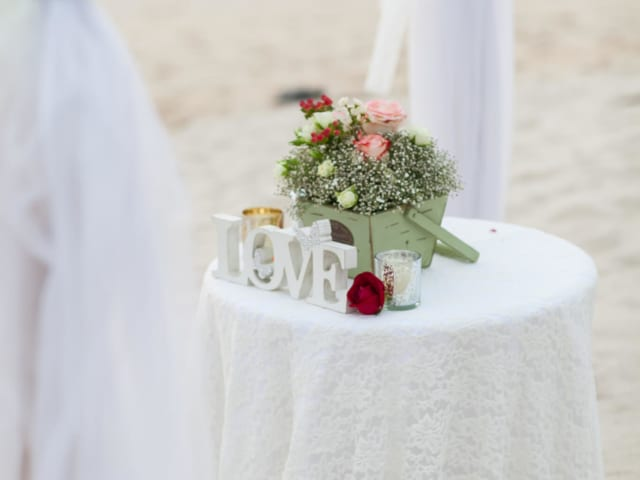 Phuket Romantic Beach Marriage Ceremony (27)