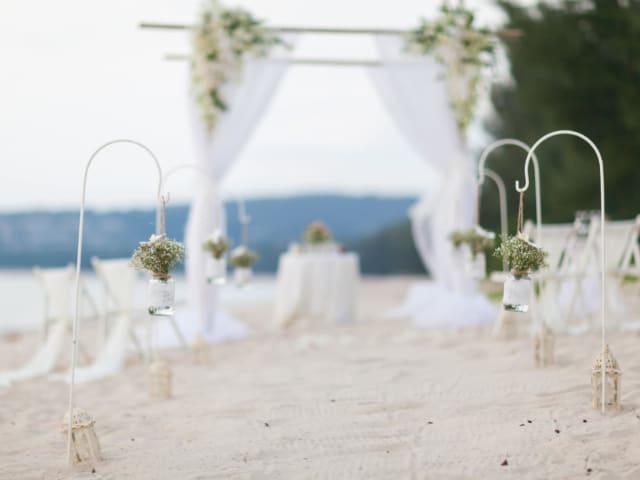 Phuket Romantic Beach Marriage Ceremony (32)
