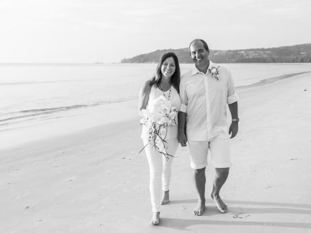 Julio & Susane Phuket Romantic Beach Marriage Ceremony (40)