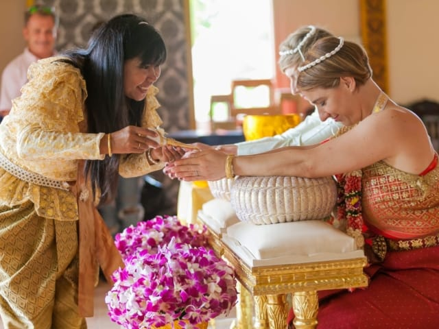 Thai Monks Wedding Blessing (16)