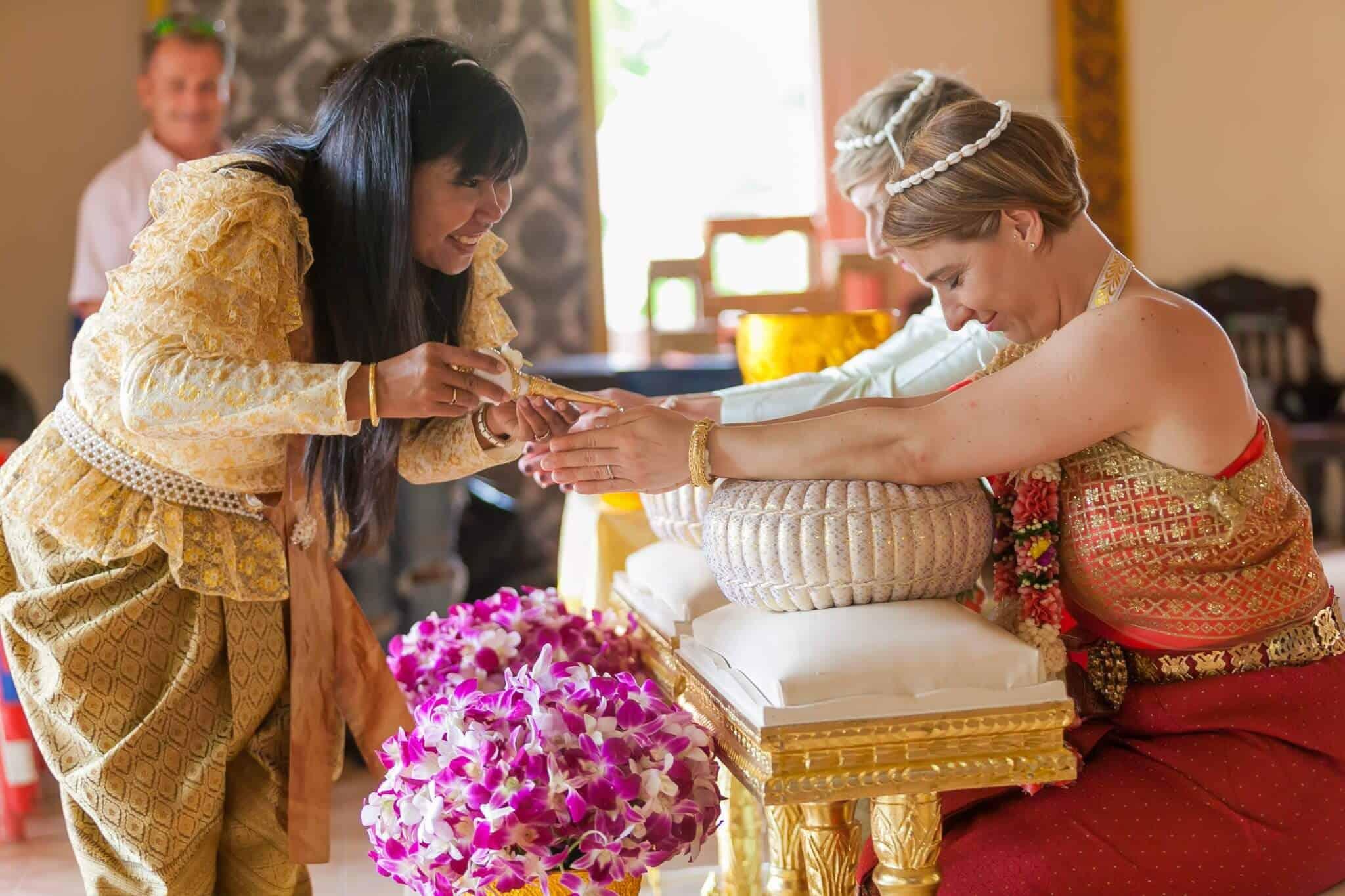 Thai Monks Wedding Blessing (16)