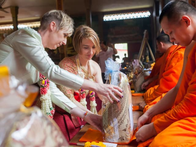 Thai Monks Wedding Blessing (6)