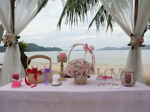 Unique Phuket Weddings 1264