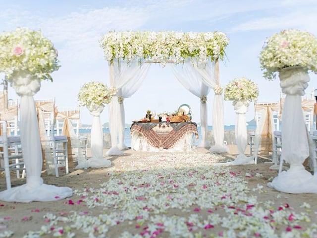 Beach Club Wedding F And M 25