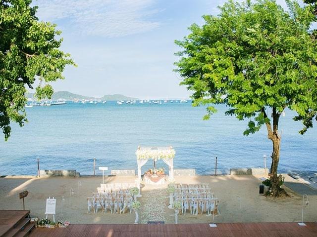 Beach Club Wedding F And M 30