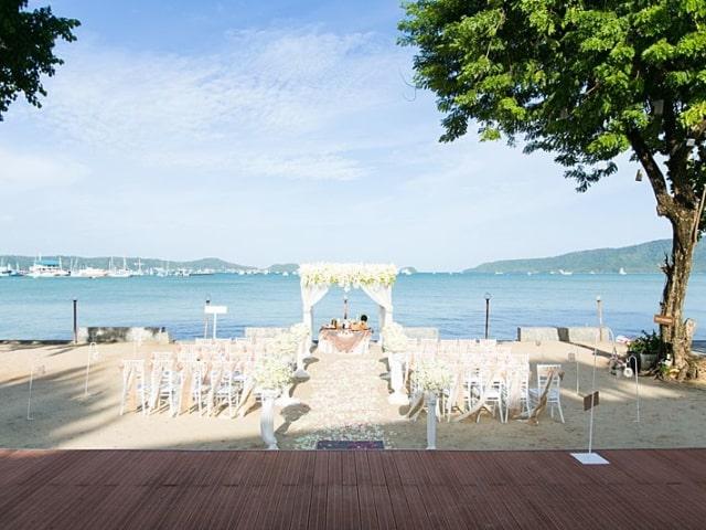 Beach Club Wedding F And M 9