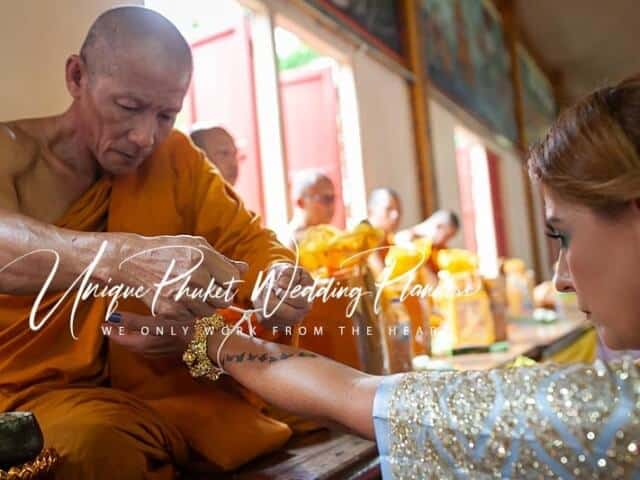 Montse & Fernanda 20th November 2019 Thai Monks Blessing (139)
