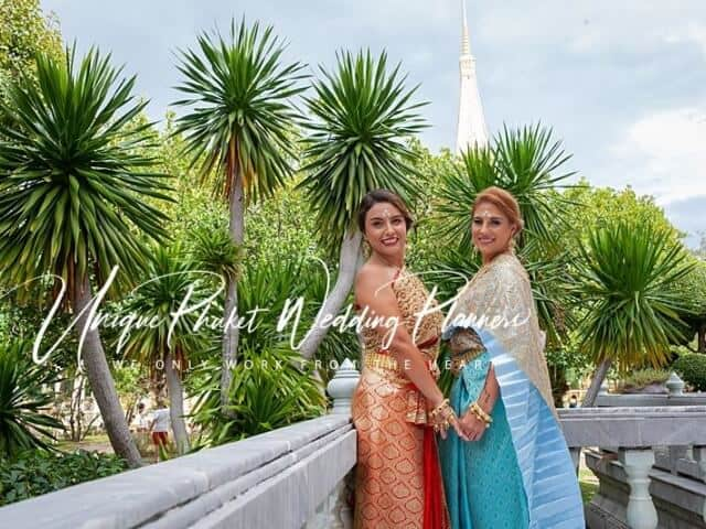 Montse & Fernanda 20th November 2019 Thai Monks Blessing (271)