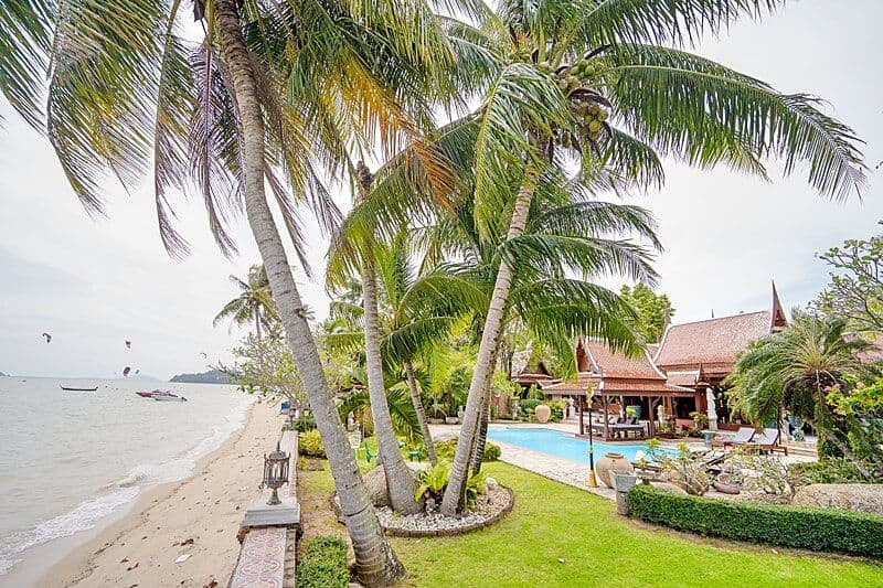 Garden-beach-royal-thai-villas