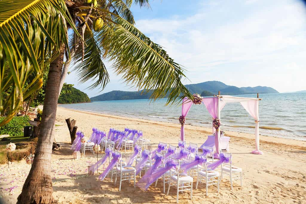 Phuket Wedding on the beach