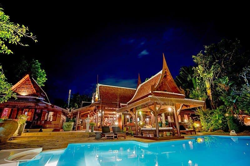 royal-thai-villas-orchid-night