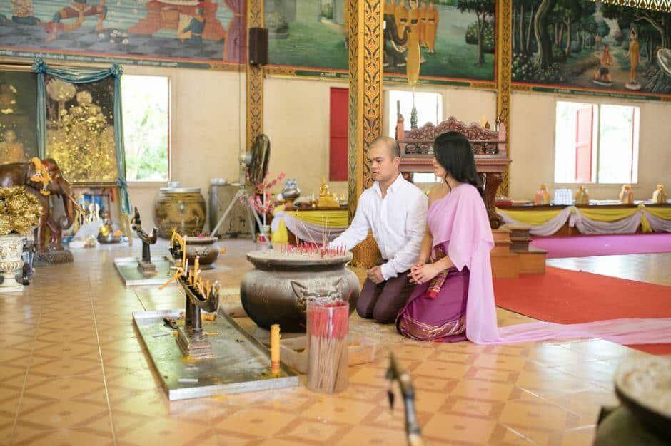 thai-wedding-ceremony-clothing